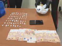Scoperto sulla Mingardina a Camerota con 68 involucri contenenti cocaina. 42enne arrestato per spaccio