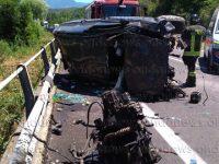 Incidente sulla SS18 nei pressi dello svincolo di Vallo Scalo. Ferita una donna incinta