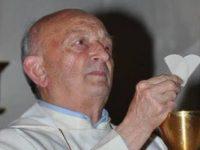 Parroco perde la vita in chiesa durante una funzione. Fisciano piange la scomparsa di don Alfonso Rinaldi