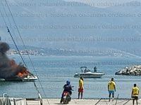 Paura a Policastro. Barca in fiamme nel Porto, intervengono i Vigili del Fuoco