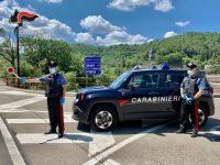 Controlli dei Carabinieri nel Potentino. Scattano le denunce per possesso di armi e droga
