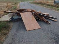 Teggiano: cumuli di rifiuti lasciati in mezzo alla strada. Immediato l'intervento della Polizia Municipale