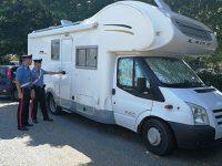 Extracomunitario aggredisce e rapina nel camper coppia di turisti tedeschi ad Eboli. Indagini in corso