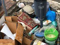 """Monte San Giacomo: mini discarica vicino cestino dei rifiuti. Il Sindaco: """"Immagini sconcertanti"""""""