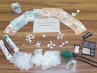 Sorpreso con la cocaina nascosta dentro due pistole per silicone. Arrestato 32enne di Oliveto Citra