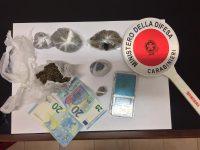 Nasconde la marijuana in camera da letto. Arrestato 22enne a Campagna