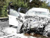 Terribile schianto tra auto e camion in Toscana. Gravemente ferita una donna di Capaccio