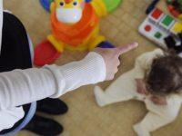 Presunti maltrattamenti su un bambino di 2 anni in una scuola privata di Capaccio. Indagano i Carabinieri