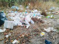 """Padula: la Guardia Nazionale Ambientale scopre rifiuti abbandonati in un terreno. """"Vigileremo anche di notte"""""""