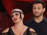 """""""Ballando con le Stelle"""". Il ballerino di Eboli Vito Coppola in coppia con Arisa vince la prima puntata"""