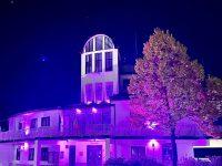 Il Comune di Pertosa partecipa alla lotta contro il tumore al seno e s'illumina di rosa